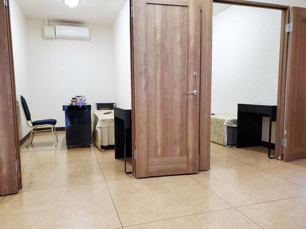 個室の霊安室を5部屋新設しました。(ファミリーホール鶴ヶ峰